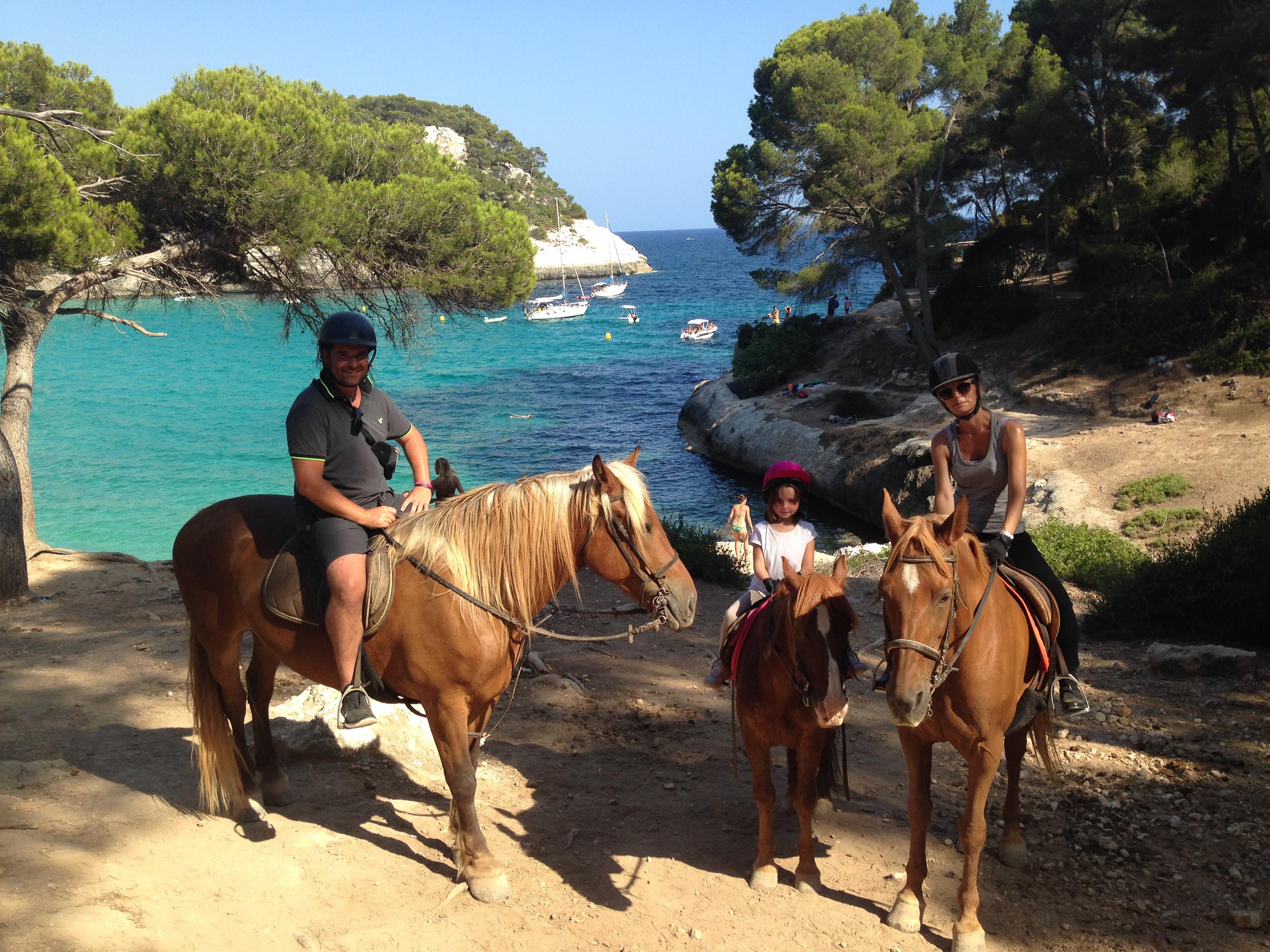 SOLER FAMILY HORSE RIDING
